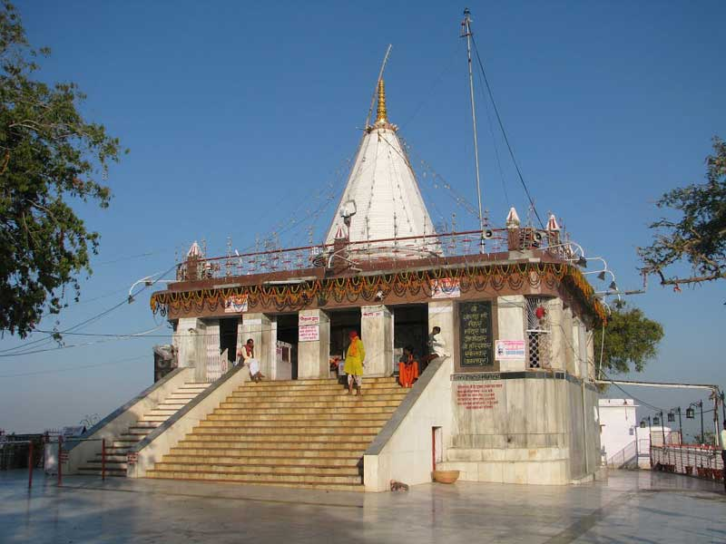 Maihar devi tour from Varanasi